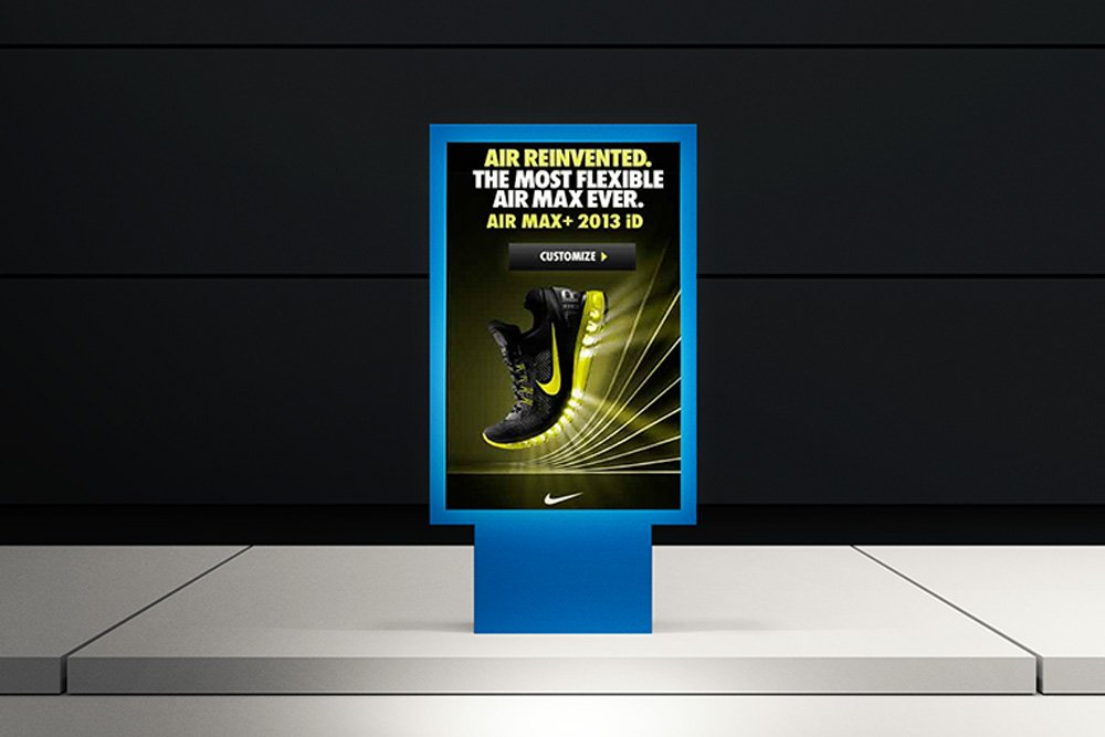 maquette d'affiche de rue de métro gratuite