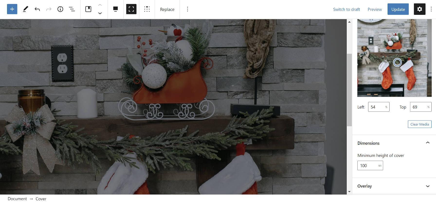 Utilisation de l'option d'alignement pleine hauteur avec le bloc Cover dans l'éditeur WordPress.