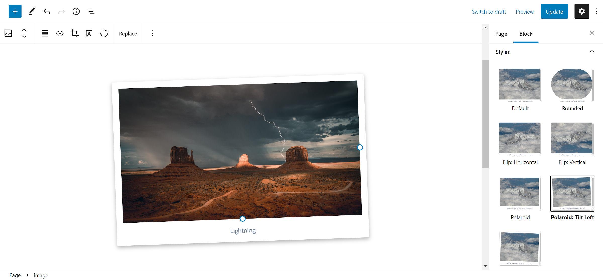 Style de bloc pour le bloc WordPress Image.  Sélectionné est une conception de cadre de style Polaroid qui est inclinée vers la gauche.